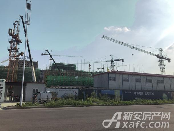 润志蘇州府南侧与绿地迎宾城一路之隔
