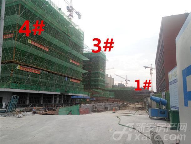 龙湖瑶海天街9月份项目进度:4#建至约10层左右 3#楼建至约15层左右 1#建至约2层左右