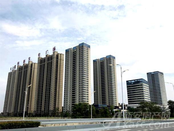 华润新地块东侧的皖新文化广场