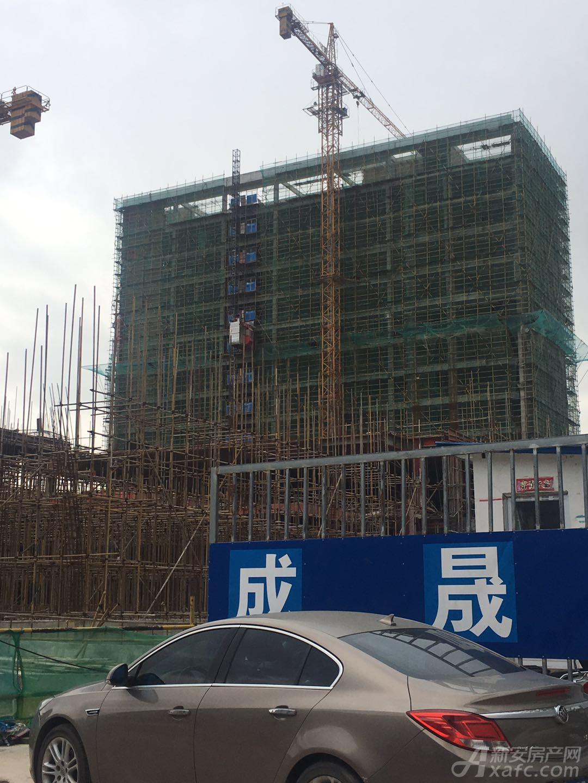 金鼎荣耀城写字楼已封顶