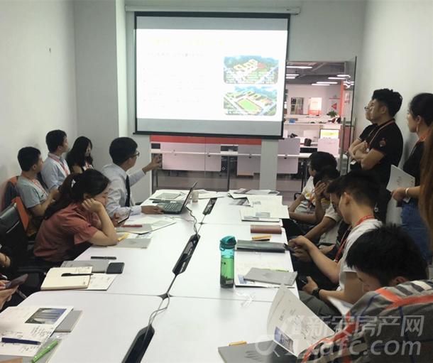 滨湖区金鹏壹品天成媒体推介会走进新安房产网