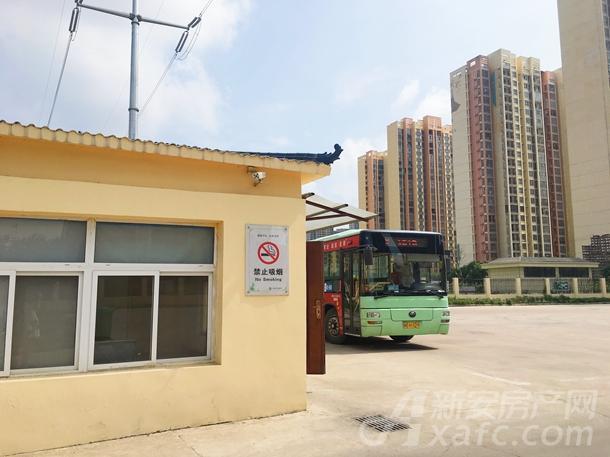 公交客运站