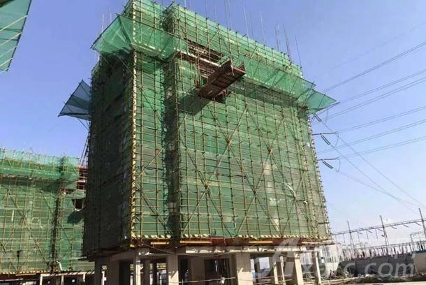 11#12#楼主体结构9层完成(共11层 )