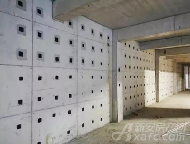 四地块车库外墙成型