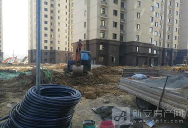 三网通网络穿线管道预埋完成,检查井已砌筑。.png